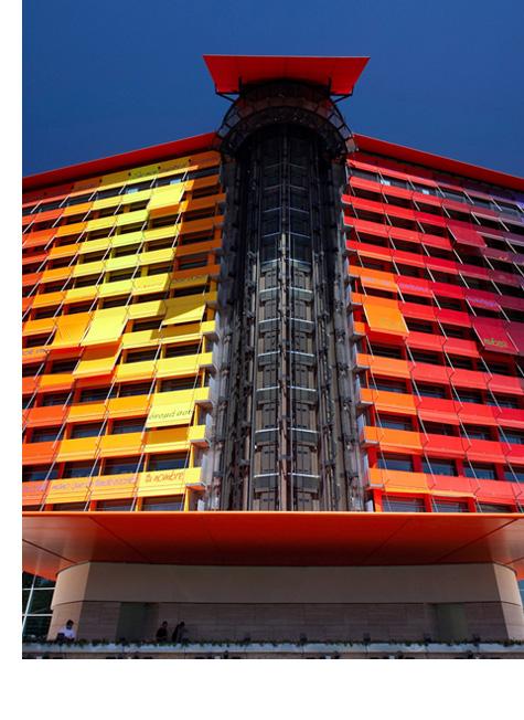 스페인 마드리드의 랜드마크, 푸에르타 아메리카 호텔과 하이막스 이미지2