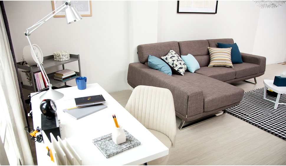 젊은 부부를 위한 공간활용 만점, 30평형대 거실&침실 인테리어 ...